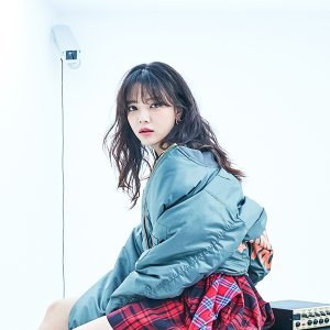 智珉 (JIMIN) Artist photo