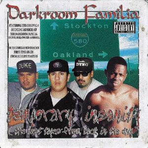 Darkroom Familia 歌手頭像
