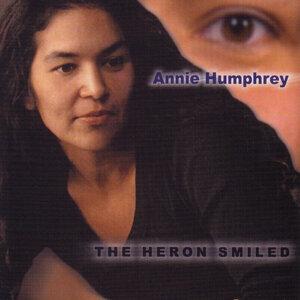 Annie Humphrey 歌手頭像