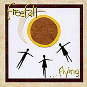 Freefall 歌手頭像