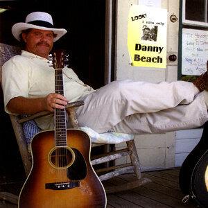 Danny Beach 歌手頭像