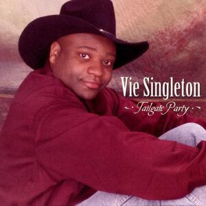 Vie Singleton 歌手頭像