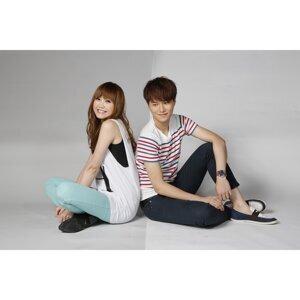吳若希&胡鴻鈞 (Jinny Ng & Hubert Wu) 歌手頭像