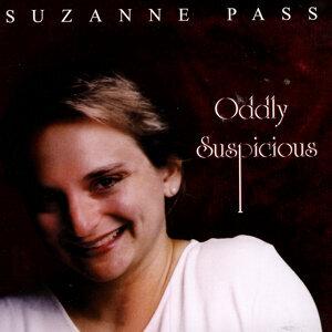 Suzanne Pass 歌手頭像