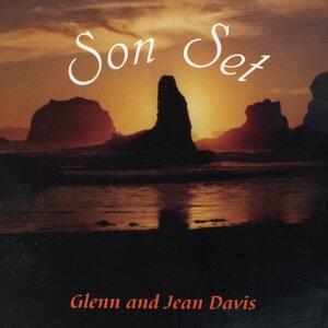 Glenn and Jean Davis