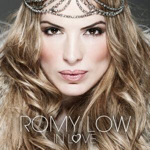 Romy Low 歌手頭像