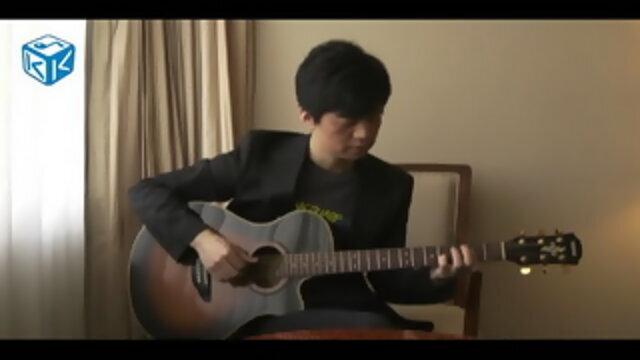 李健現場演唱《一往情深的戀人》