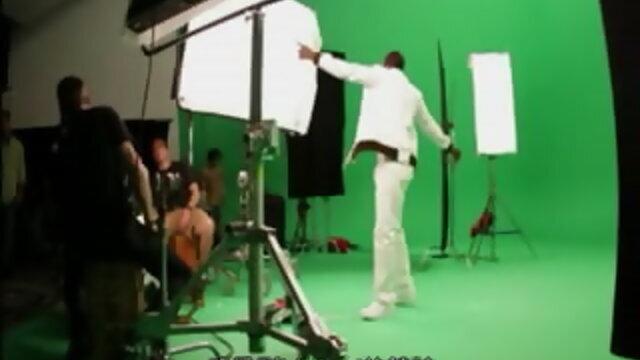 Hold My Hand (Duet With Akon)(麥可傑克森VS阿肯「HOLD MY HAND 握我的手」幕後花絮)