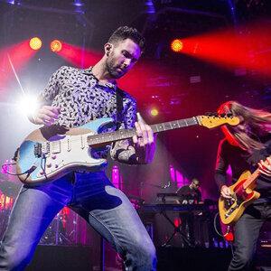 MAROON 5 V Tour 2015香港演唱會