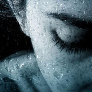 這一夜,淚水自由放縱