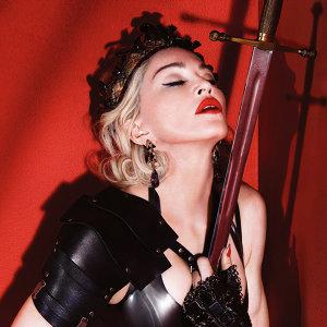 流行女帝的反骨魅力:瑪丹娜七大經典演出