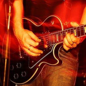 20首在歷史上留名的吉他SOLO