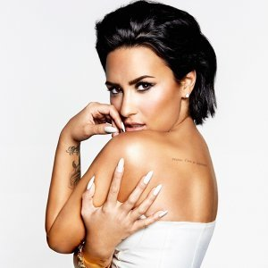 Demi Lovato must-have collections