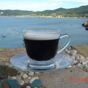 海島咖啡陪你等一個人 : )