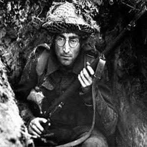 反戰,但暴力請別把我算進去 #約翰藍儂 #床的革命