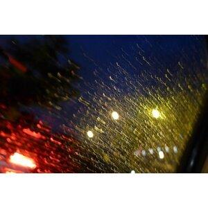 最近老天愛半夜洗香香#雨神是夜貓