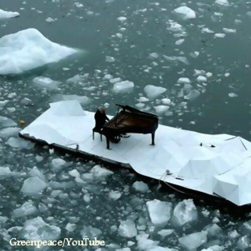 北極冰塊上的鋼琴家 伊諾第