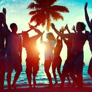 城市狂潮:夏日舞曲派对