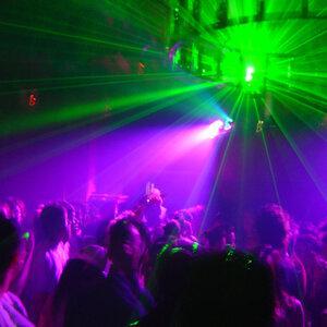 EDM Get down to the dance floor