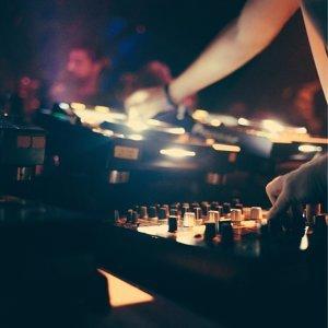 派對必備電音! 週末混音舞曲💫(週五更新)