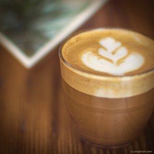 一口咖啡配一首韓劇演奏曲