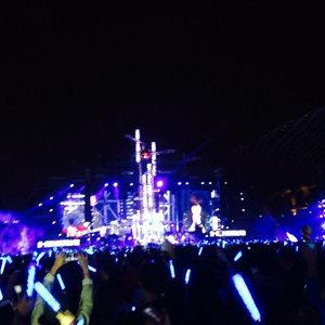 五月天 Light Up The Hope 營火晚會(完美落地演唱會)