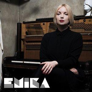 Emika - 融合古典優雅與電音靈動的柏林暗黑系才女