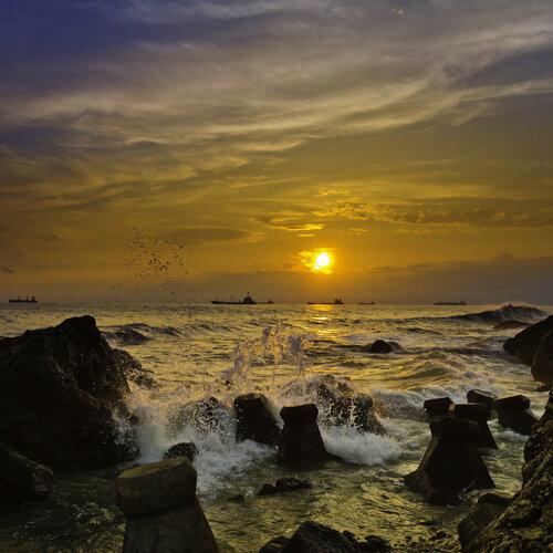 和你漫步在西子灣,享受沿海浪漫!