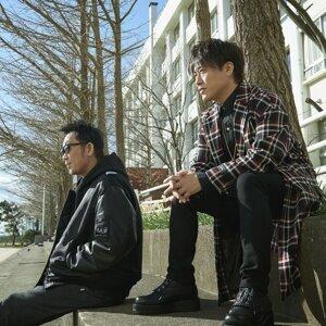 KOBUKURO (コブクロ) Sorotan Lagu