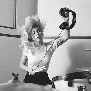 Lady Gaga Sorotan Lagu