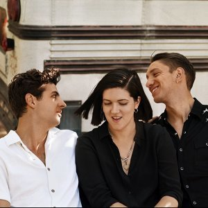 The xx Sorotan Lagu