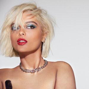 Bebe Rexha Sorotan Lagu