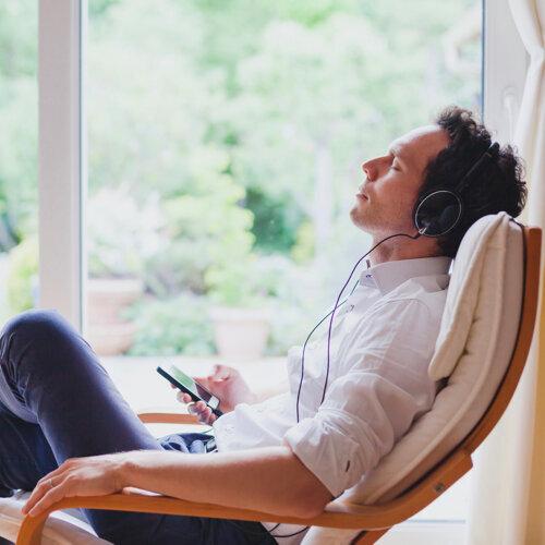 假日來惹🎈聽舒服的歌陪你慵懶耍廢吧