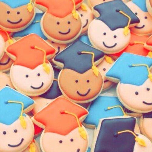 畢業快樂,扛著青春一起繼續向前行!