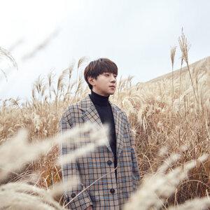 Hwang Chi Yeul (황치열) 歷年精選