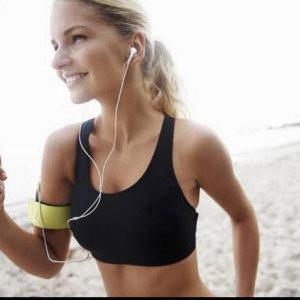 運動ㄧ起聽電音