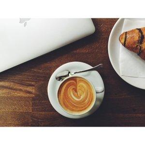 慵懶的午後來喝杯咖啡吧