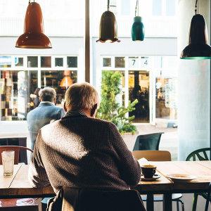 咖啡廳裡的繆思