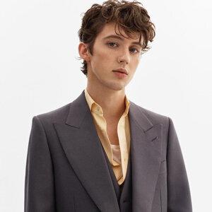 Troye Sivan 特洛伊:艷藍夢幻美少年💙