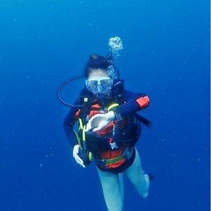 ):(OKA):(藍色海底光線非常透明的青之洞窟好景點):(