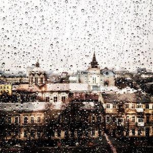 下雨天的憂鬱,我懂!