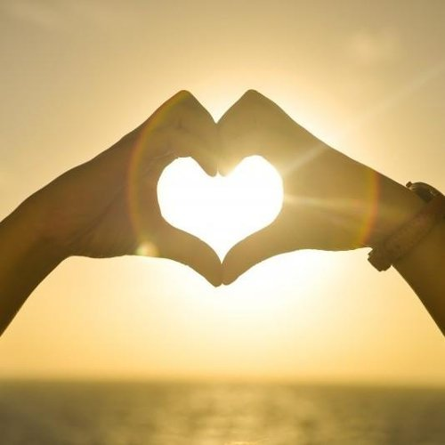 愛就似太陽如此耀眼 #夏日情歌