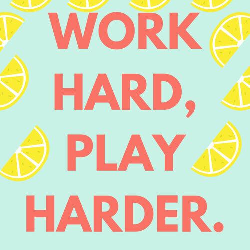 小小鳥也很努力生活著work hard,play harder.