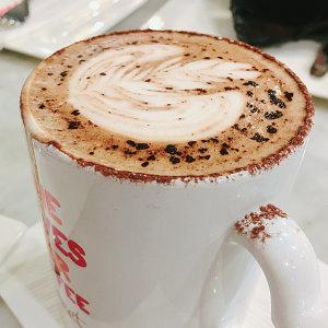 就愛泡在咖啡店