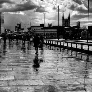 今天的雨很英國🇬🇧—適合雨天的英倫抒情歌