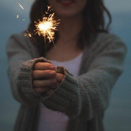 閉上眼默念三遍,Make a NEW YEAR Wish 🎆