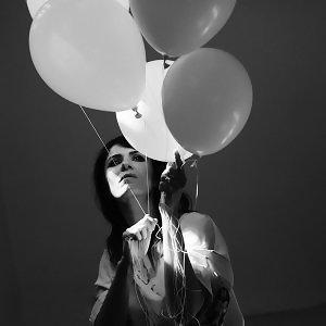 丹麥天后- Kira Skov 的迷幻搖滾世界
