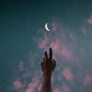 一個人的夜 是什麼觸動了你的敏感神經🌙
