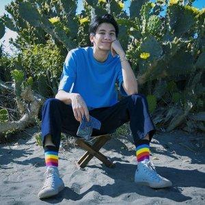泰國小王子 Phum Viphurit 的陽光魅力🌞