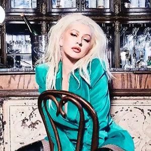 Christina Aguilera《The X perience》